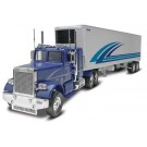 851981 1/32 Freightliner/Trailer Snap